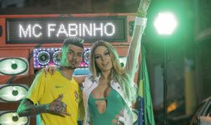 """""""Rei Delas""""? Conheça o MC escolhido por Fernanda Lacerda, Lívia Andrade e Nicole Bahls"""