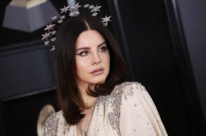 Lana Del Rey lança nova faixa e anuncia título de novo álbum