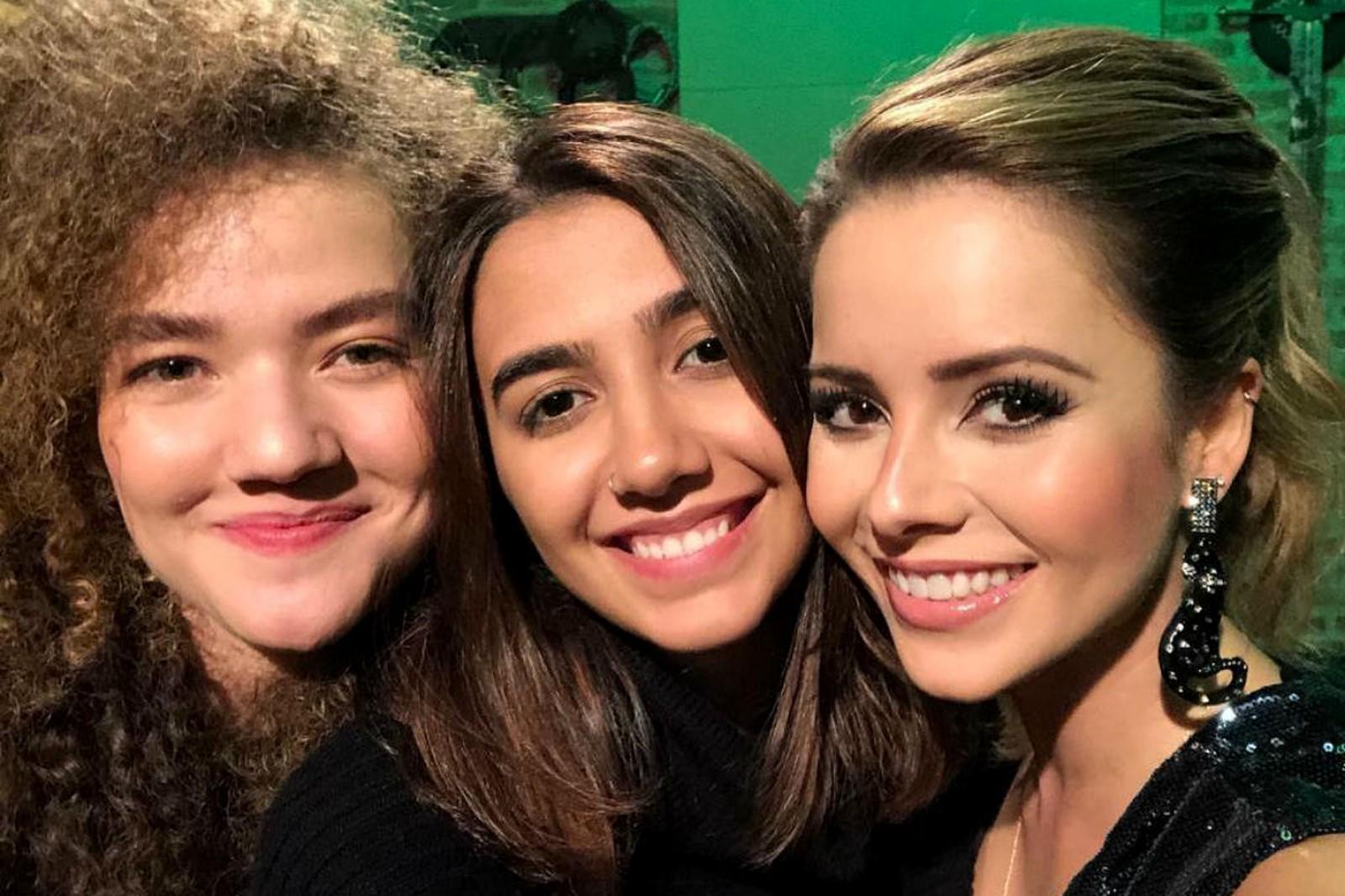 Sandy lança música com Anavitória para o disco 'Nós, Voz, Eles'