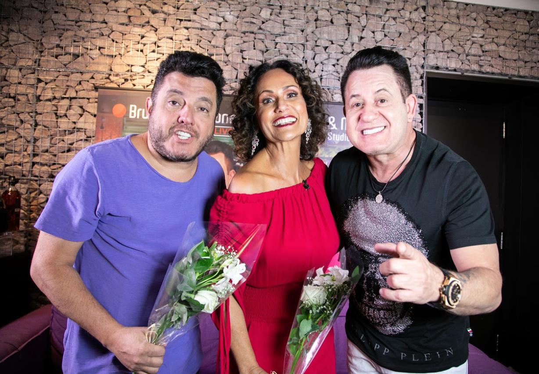 Em entrevista ao 'Ritmo Brasil' da RedeTV!, Bruno e Marrone revelam que sonham em gravar com Ivete Sangalo