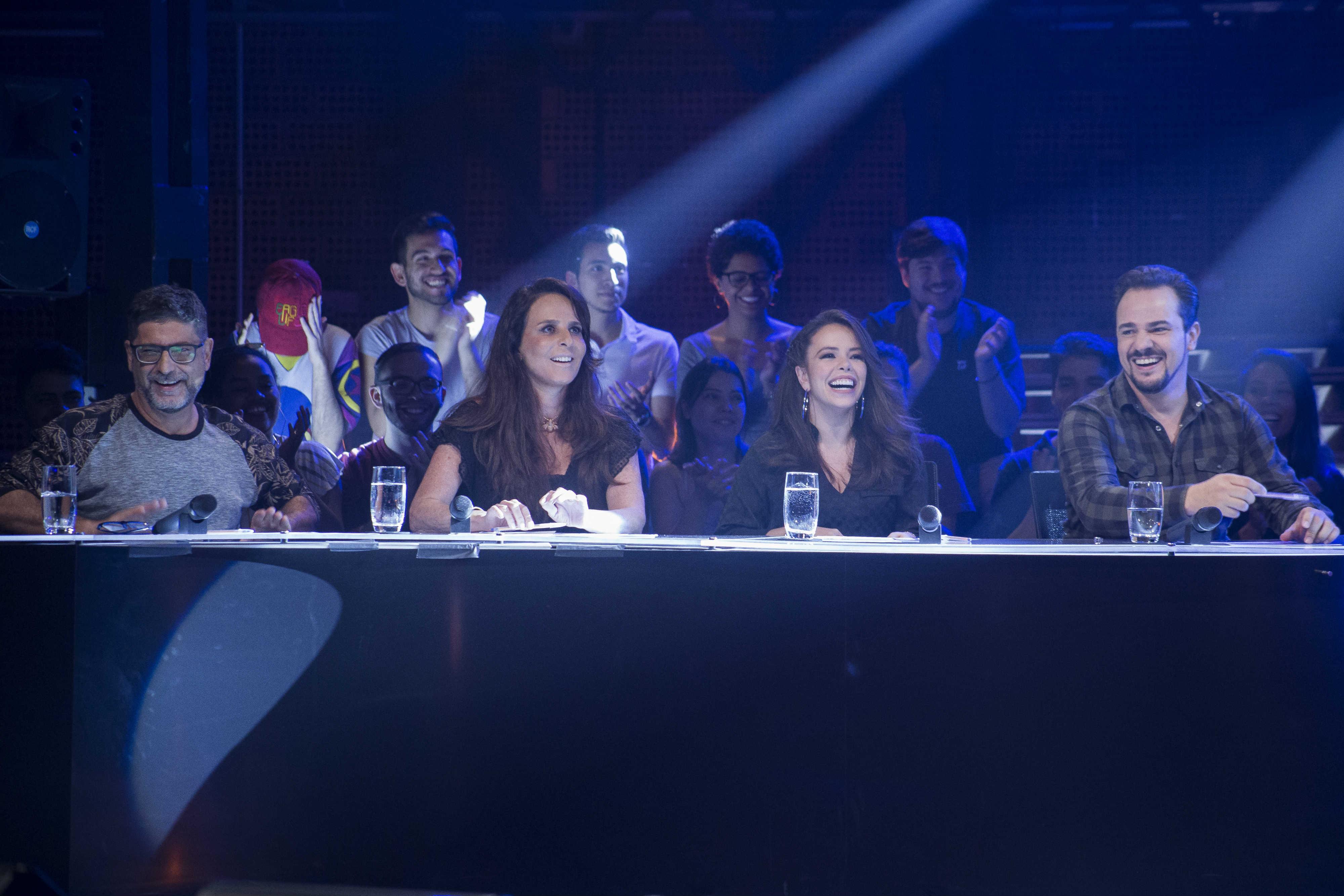 Miguel Briamonte e Fernanda Chamma são jurados na 5ª eliminatória do reality-show Cultura, o Musical