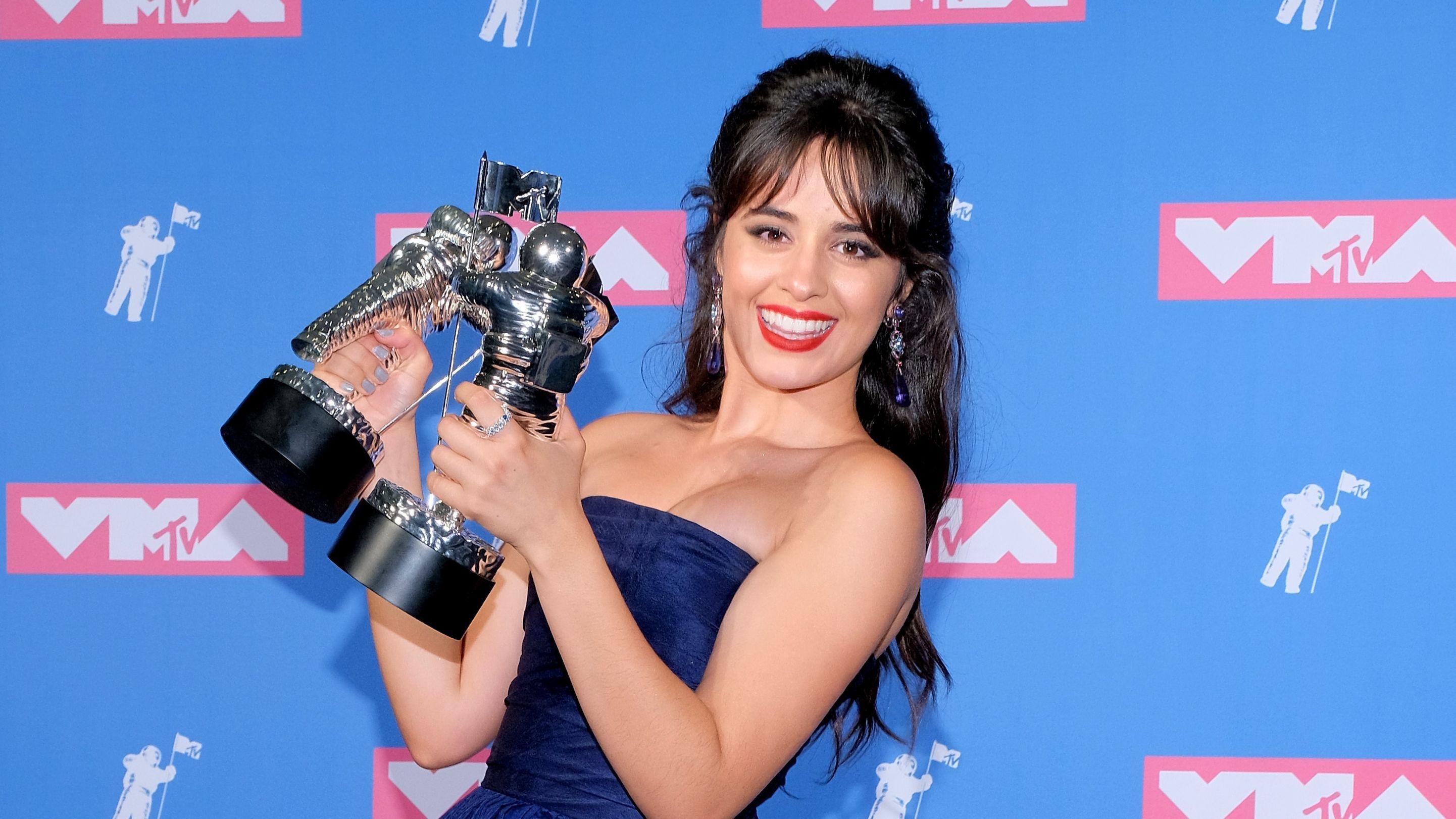 Camila Cabello e Jonas Brothers vão se apresentar no Grammy 2020, saiba tudo!