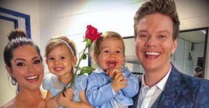 Michel Teló e família encantam em casamento de  Teo Teló: 'Amor que não se mede'