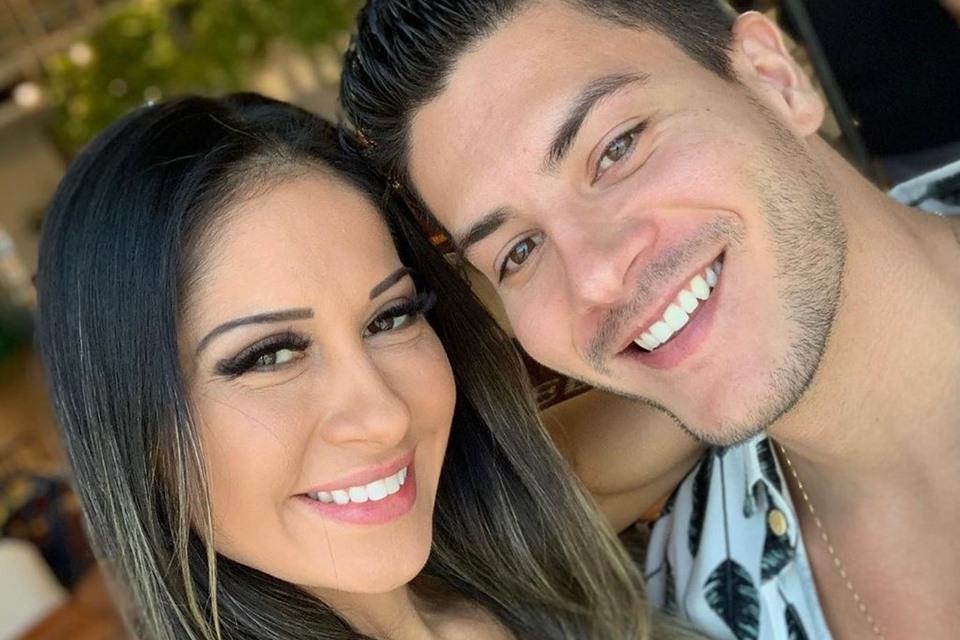 VÍDEO: Mayra Cardi revela que era traída e sustentava Arthur Aguiar