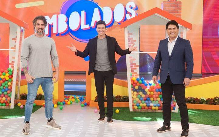 Marcos Mion e Cesar Filho comemoram o Dia dos Pais no Hora do Faro