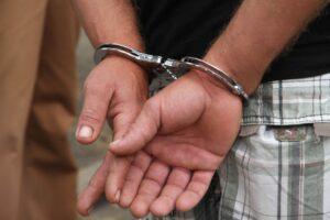 Tio que estuprou e engravidou menina de 10 anos é preso
