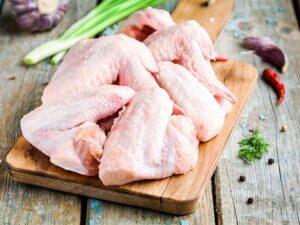 China diz que frangos congelados do Brasil apresentaram Covid-19