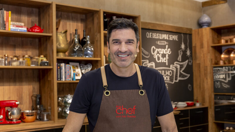 "Edu Guedes estreia na Band no comando do ""The Chef"", veja fotos do cénario"