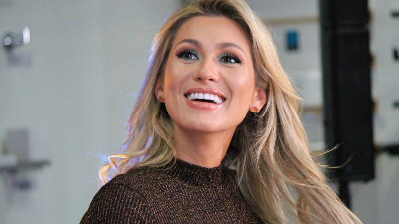 Lívia Andrade anuncia novo relacionamento e é chamada de amante pela ex do atual