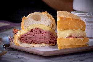 """Erick Jacquin vai atrás dos melhores sanduíches do país no """"Minha Receita"""", veja"""