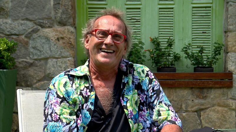 """David Pinheiro revela ao Domingo Espetacular que enfrentou doença grave: """"Chegaram a dizer que eu tinha morrido"""""""