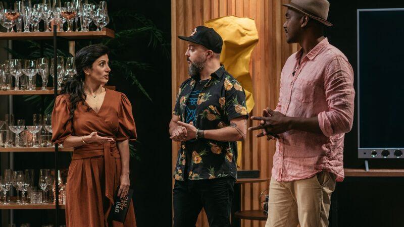 "Bartender Laércio Zulu ajuda a eleger o melhor drink no sexto episódio do ""Bar Aberto"""
