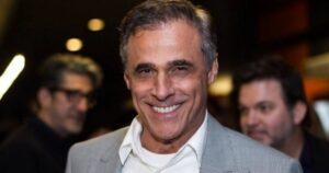 Ator da Globo, Oscar Magrini revela existência de quarto de drogas e sexo na Globo