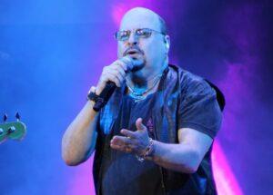 Paulinho, vocalista do Roupa Nova, morre aos 68 anos