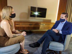 Roberto Cabrini traz reportagem sobre o caso Henry e mostra declarações inéditas da entrevista com a ex-namorada de Dr. Jairinho
